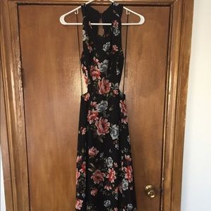 Zara Floral Maxi Open back dress. Worn once!